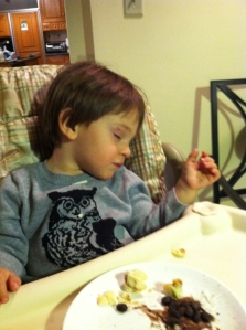 He literally fell asleep in his high chair. After eating a decent meal, it should be noted. Go, Das Big Boy, go!